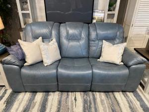 Chandler PWR Sofa