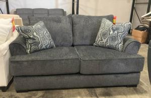 474 Loveseat